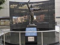 板橋の平和祈念像
